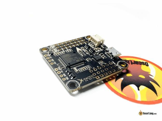 REVIEW – XRACER F4 FLIGHT CONTROLLER