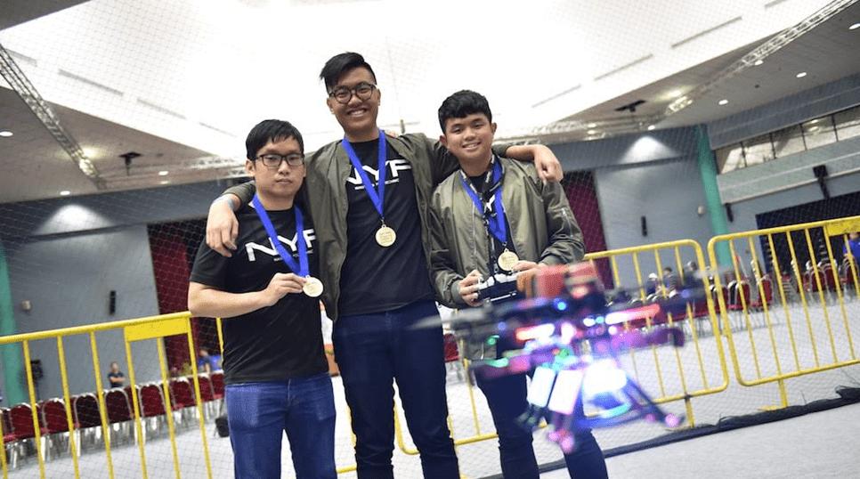 Singapore Amazing Flying Machine Competition 2018 (SAFMC)